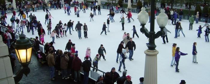Millennium_Park_Ice_Skating